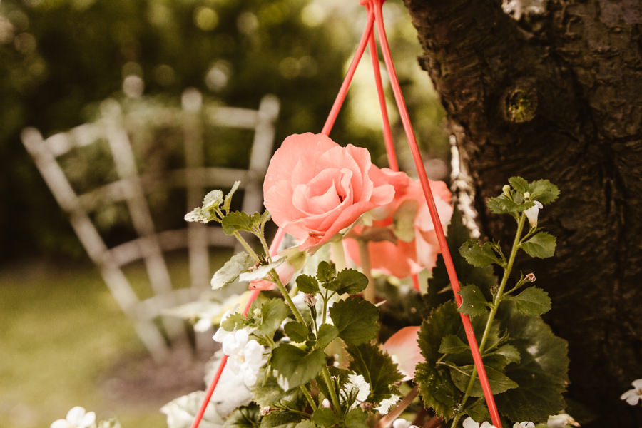 różowa suknia ślubna