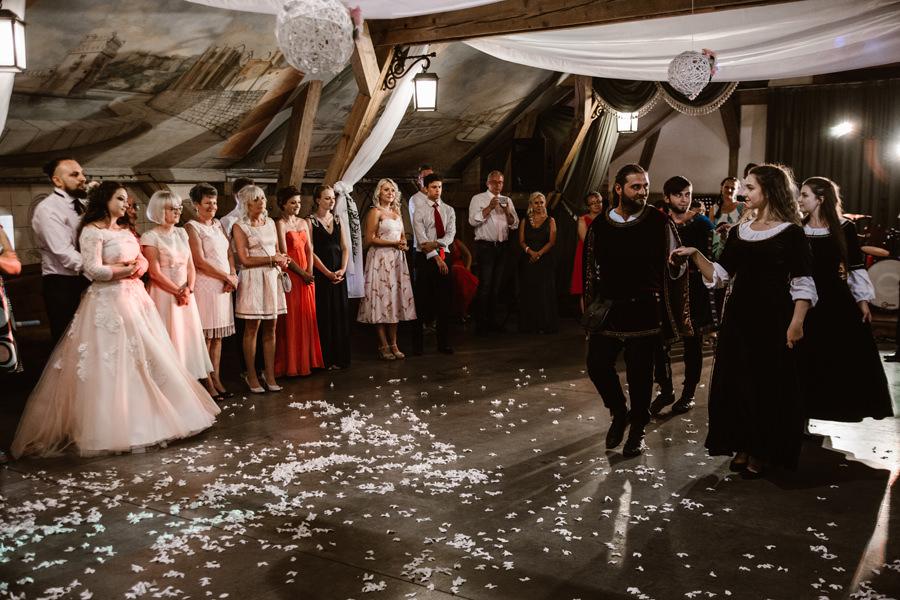 wesele w karczmie