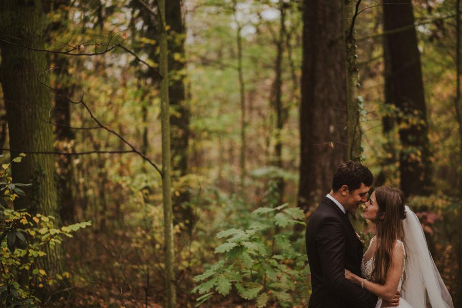 plener ślubny w parku