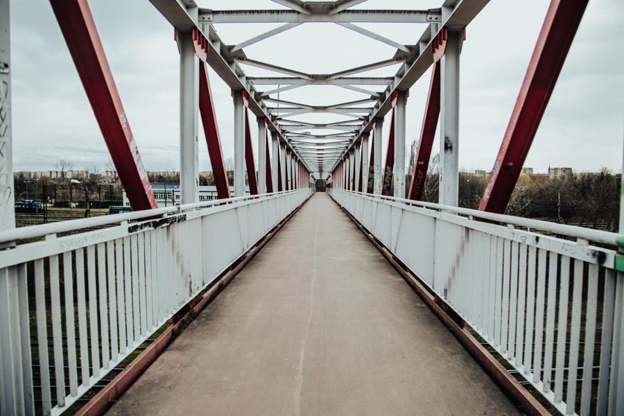 Sesja na moście w Krakowie