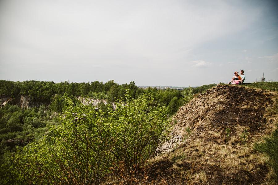 Sesja narzeczeńska w Krakowie w Kamieniołomie Liban