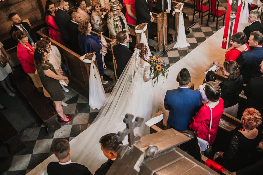 Ślub w Kościele św. Wojciecha w Modlnicy