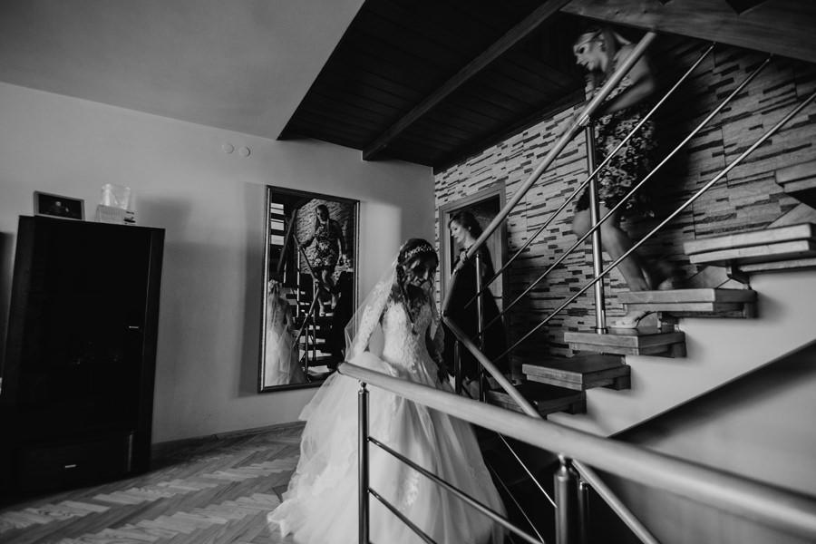 zwiewna suknia do ślubu