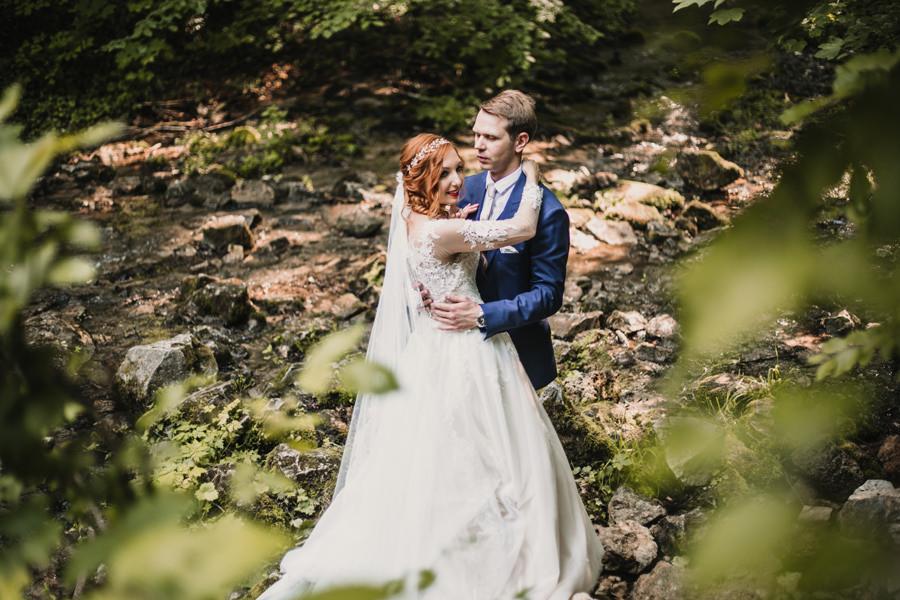 sesja ślubna w Dolinie Eliaszówki