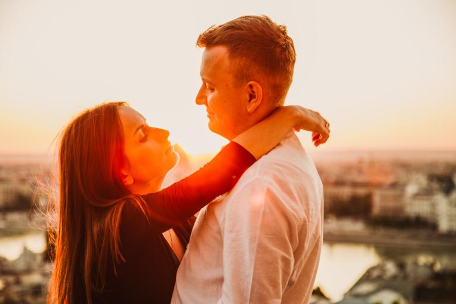 sesja ślubna o wschodzie słońca w budapeszcie