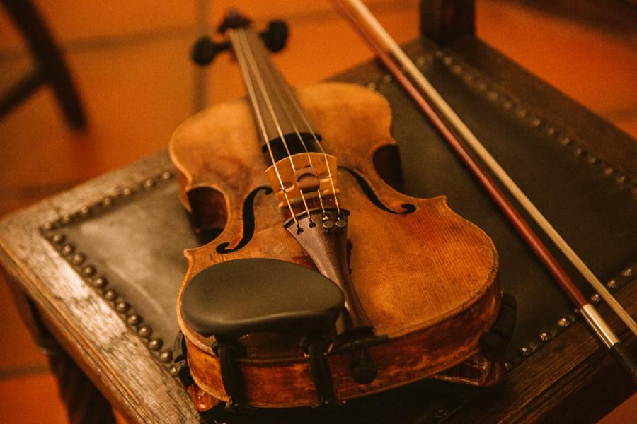 skrzypce na ślubie
