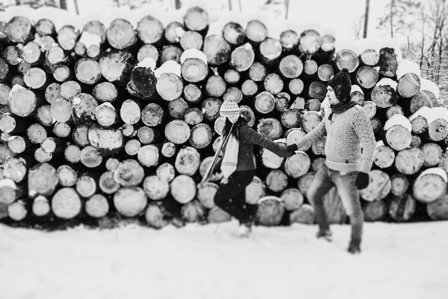 zimowa sesja w lesie